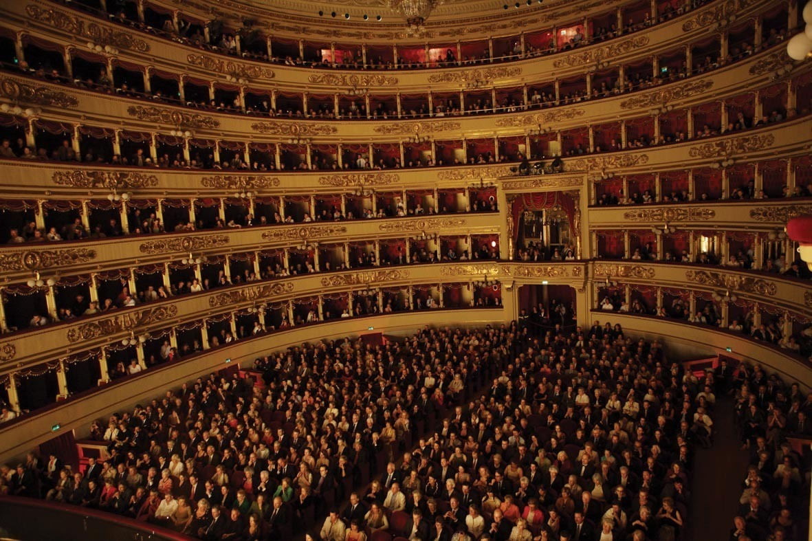 La scala theater teatro alla scala for Best classic house songs